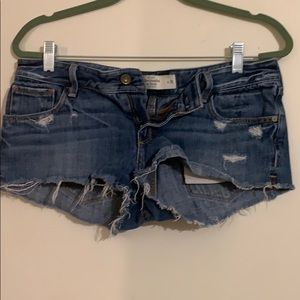 Abercrombie and Fitch cut offs!